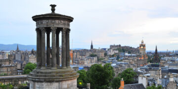 How to Explore Edinburgh in 24 Hours: Dodgy Weather Edition