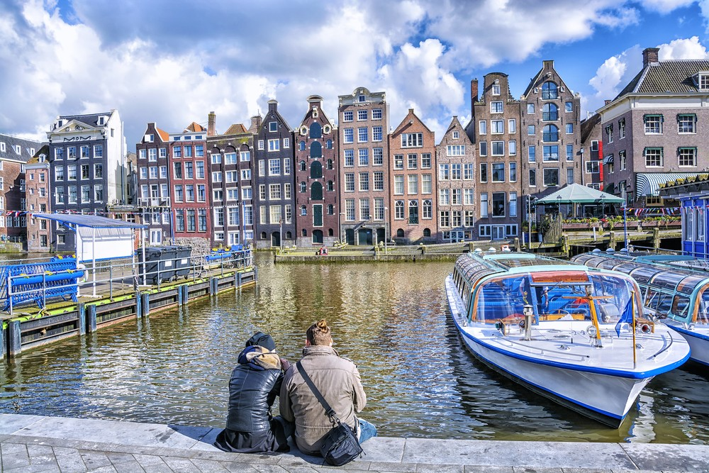 Best places to meet singles in Amsterdam