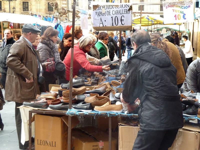 El Rastro flea market in Madrid