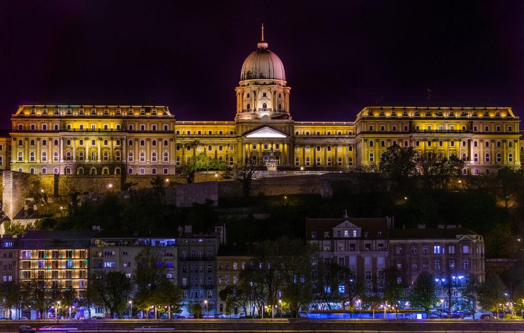 A nightscape of Buda Castle
