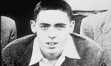 Rare photo of reclusive author Thomas Pychon.