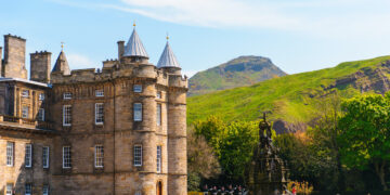 An Insider's Guide to the Palace of Holyroodhouse and Holyrood Abbey