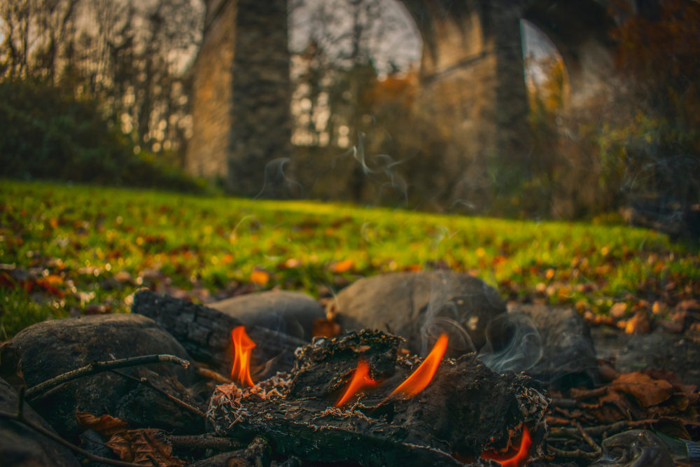 A Highlands campfire is the perfect place for a spot of Scotch tasting!