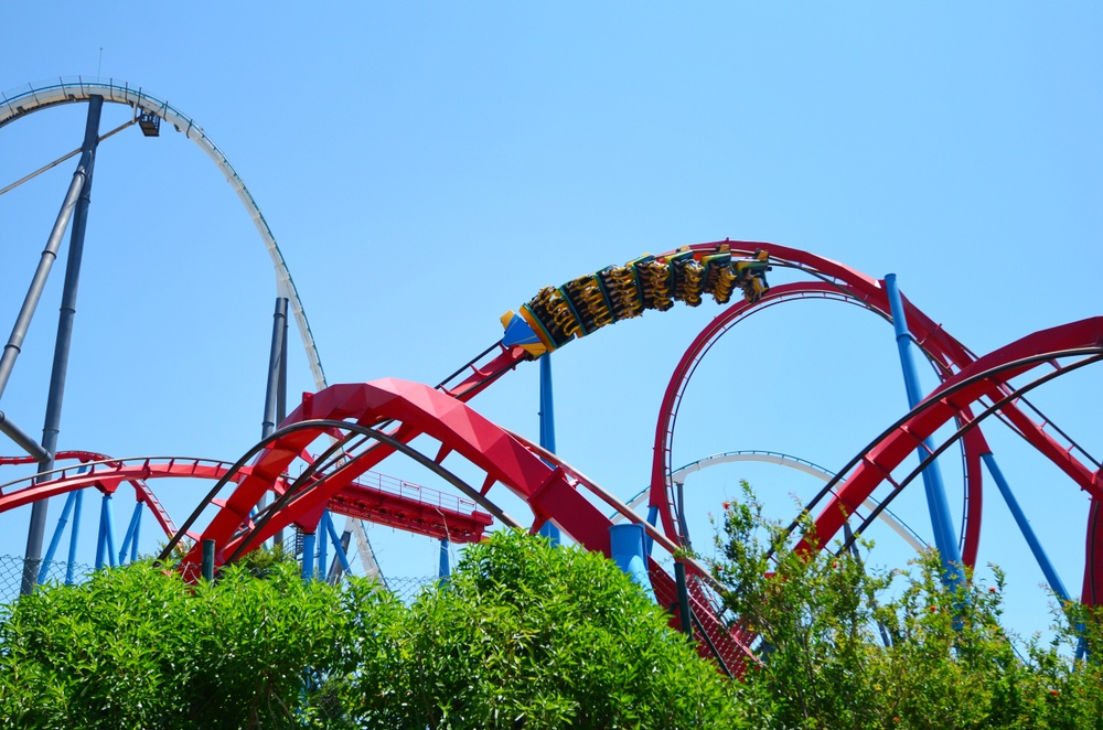 A twisting, turning rollercoaster in PortaVentura, adding some fun to your Spain bucket list.
