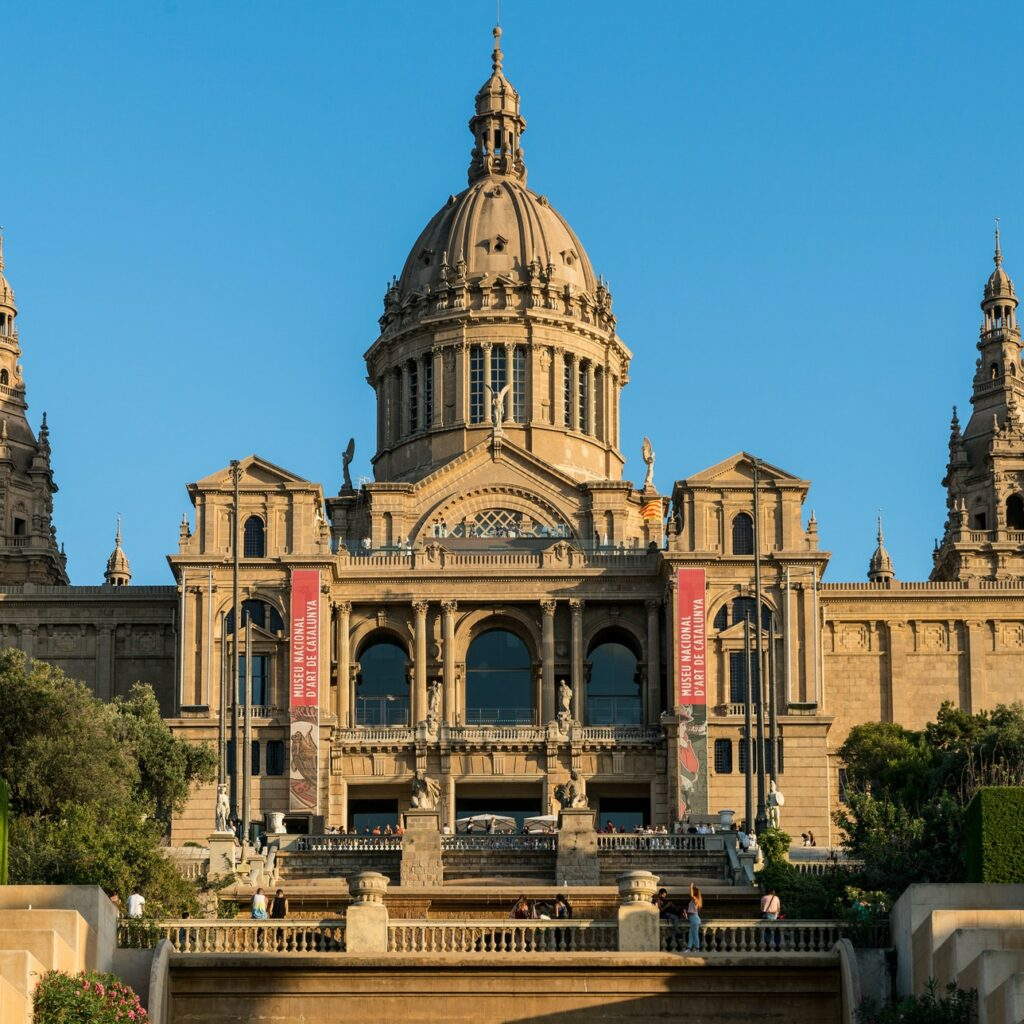 You just know looking at the Museu Nacional d'Art de Catalunya that it's filled with amazing art.