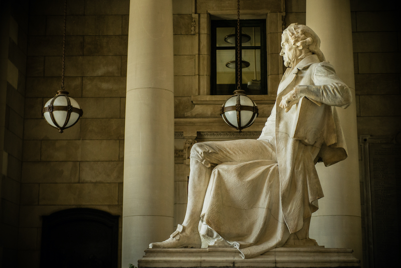 Thomas Jefferson statue at the Missouri History Museum, also a historical site in the US.