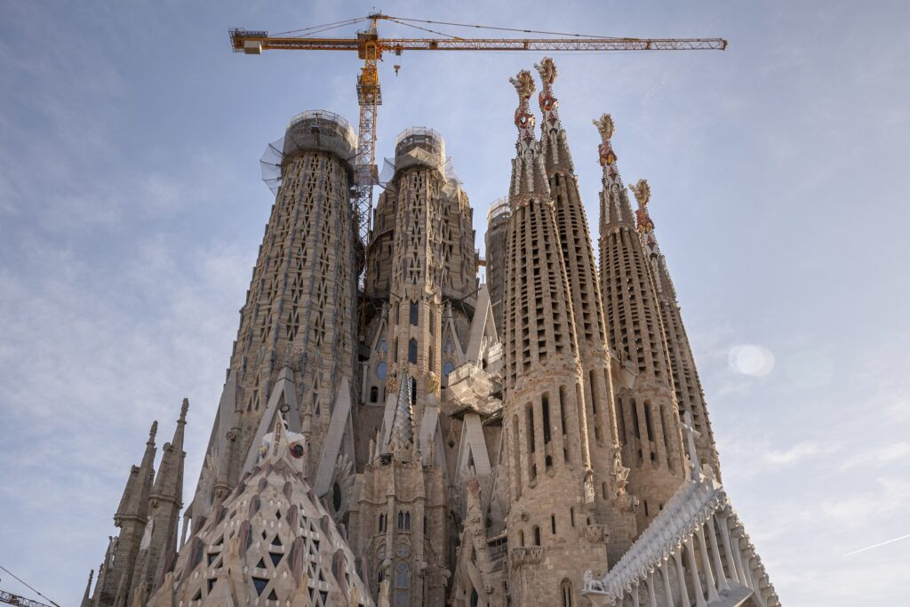 Construction happening on the exterior of the Sagrada Família.