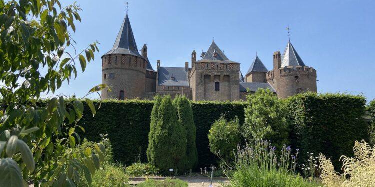 Discover Amsterdam's Medieval Marvel: Muiderslot Castle